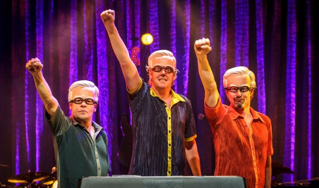. De drieheren hebben alle grappen op een originele en uiterst creatief manier in muziek en liedjes vertaald. Foto: Wim Lanser.