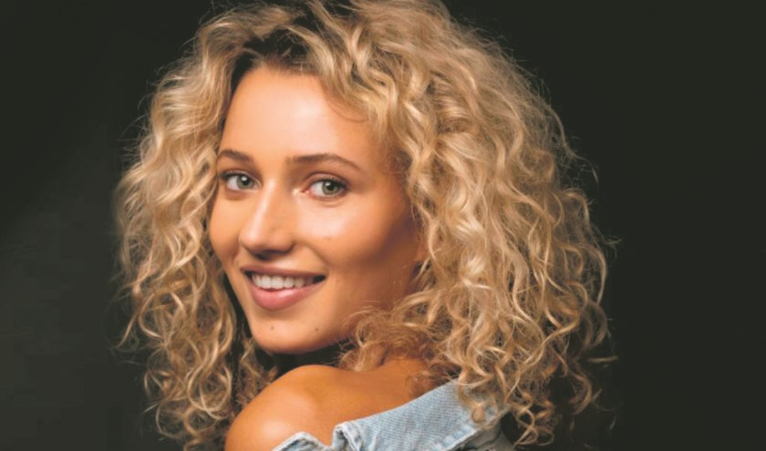 Evy Markovits neemt op zondag 2 juni deel aan de finale Miss Nederland.