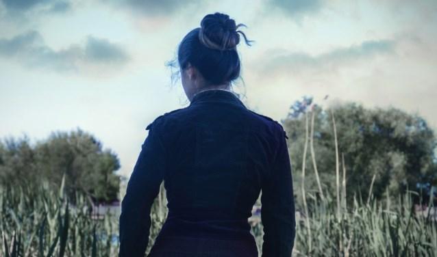 Cover van 'De stem van Lena' het debuutroman van Ria Smit.