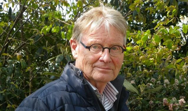 Oud-kweker Dick Nieuwesteeg is voorzitter van Mooi Boskoop, bekend van de tuinkeuringen. Zijn eigen favoriete voorjaarsplant, de magnolia, heeft hij zelf ook in de tuin staan.