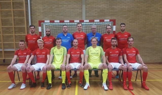 De zaalvoetballers van Excelsior'31 moeten de zesde plaats nu delen met ZVV Ede en Futsal Apeldoorn. Eigen foto.