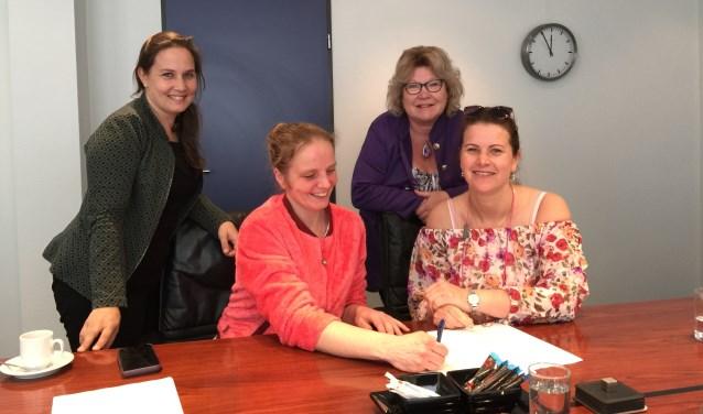Het bestuur, v.l.n.r. Lisenka Slootweg, Dana Gooijer, Anita Rademaker (Workshops 4 Kids) en Jennifer van Toorn. (Foto: Privé)