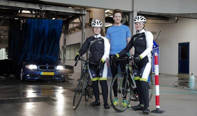Team Baan doet mee aan Alpe d'HuZes om zoveel mogelijk geld op te halen voor onderzoek naar kanker.