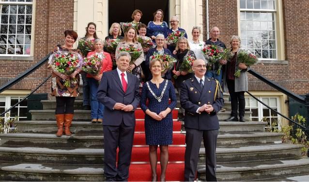 Het is aan Natasja Dogterom Verburg te danken dat de vrijwilligers de erkenning krijgen die zij verdienen. Tekst: Ria van Vredendaal, foto: gemeente Stichtse Vecht