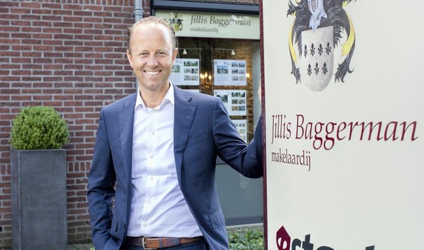 Jillis Baggerman viert zijn 25-jarig jubileum als makelaar met zijn eigen kantoor, waarmee hij 14 jaar geleden zijn ultieme droom realiseerde.