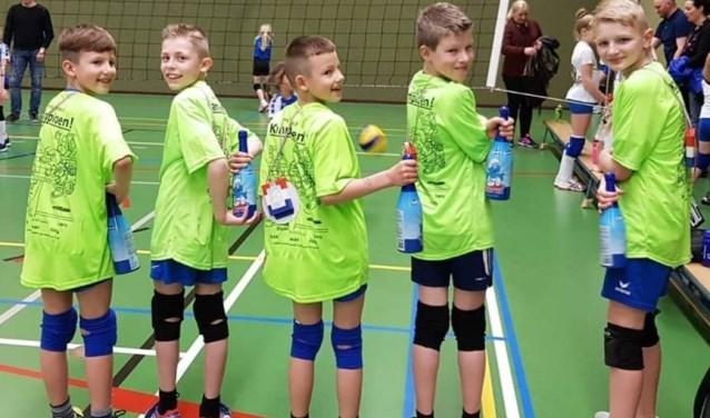 De N4-2 jongens van Volley'68 zijn kampioen!