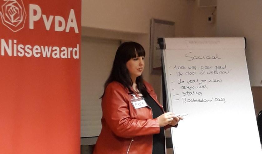 Raadslid Thérèse van Wassenaar van PvdA Nissewaard.