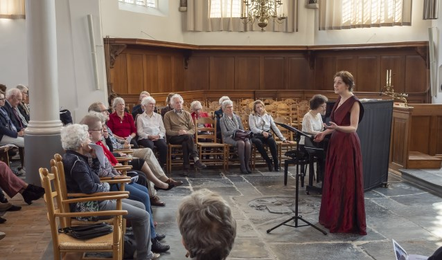 Het werd zondag een kleurrijk concert in de Dorpskerk (Foto: Jos Wesdijk)