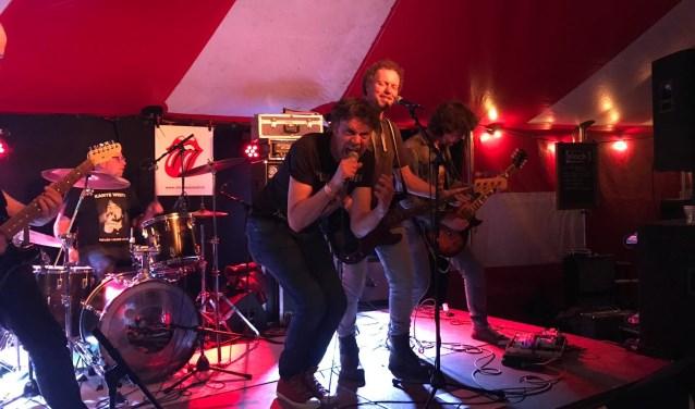 Sjef Engelbart en consorten gooien Alle Remmen Los met hun Rolling Stones Tribute Band Urban Jungle.