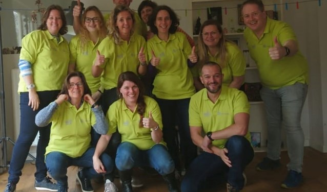 De t-shirts van de Rendierjagers werden gesponsord door Rudolph Vermeulen Bonbons en allesmetjelogo.nl. Foto: Rendierjagers.
