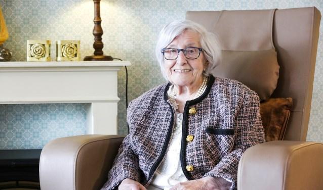 Mieke Jansen-Linders wordt deze maand honderd jaar. Foto: Jurgen van Hoof
