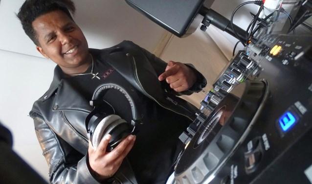 Borculoër Obsa Rinders staat donderdag in de finale van de DJ Clashin Arnhem.