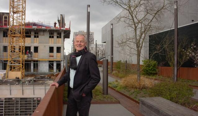 """Willem van der Made is vanaf het begin betrokken bij de ontwikkeling van de wijk het Paleiskwartier. """"Ik ben trots op dit succesvolle project, een wijk waar mensen graag wonen en werken."""""""