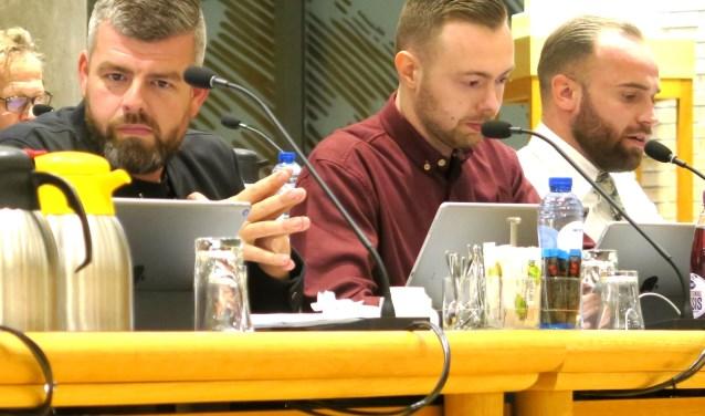 In het midden Lucien Westbroek van Partij 18plus. (foto GvS)