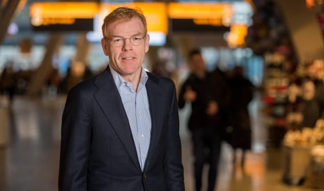 """Joost Meijs, algemeen directeur van Eindhoven Airport: """"Wij geloven in een model waarbij vanaf dag één de hinder voor de omgeving afneemt."""" FOTO: Christ Clijsen."""