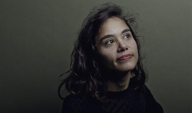 Documentairemaker Sharon Kromotaroeno