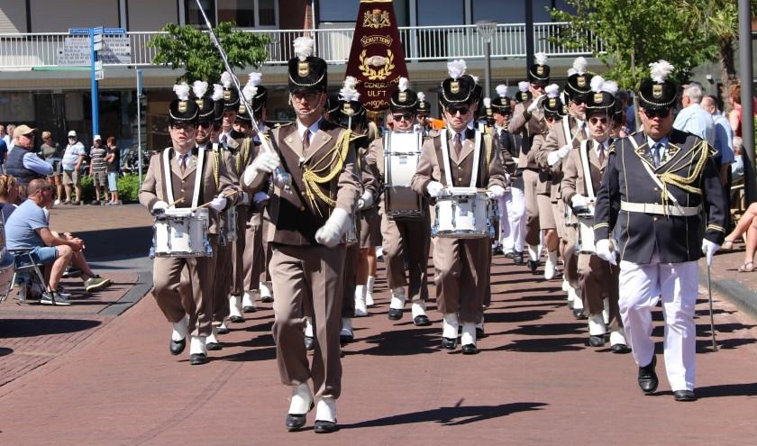 De Eendracht marcherend tijdens een concours