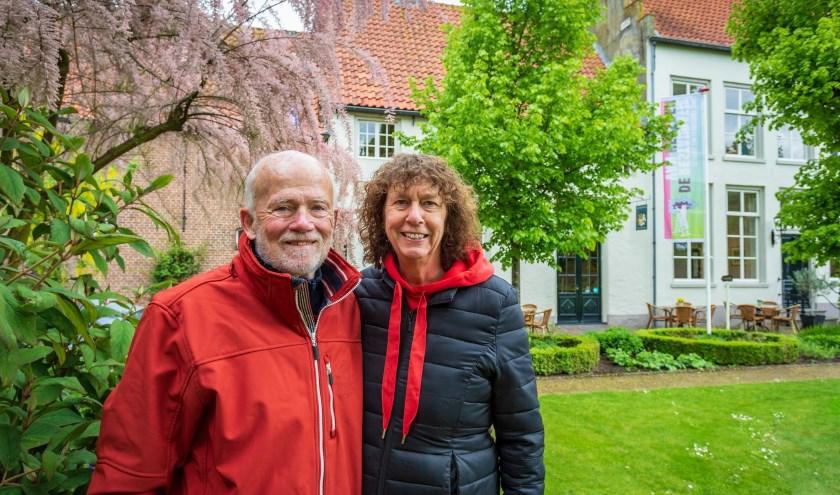 Na vele jaren met veel plezier in Heusden te hebben gewoond, verhuizen Ron en Tak binnenkort naar de stad Groningen. Yuri Floris Fotografie