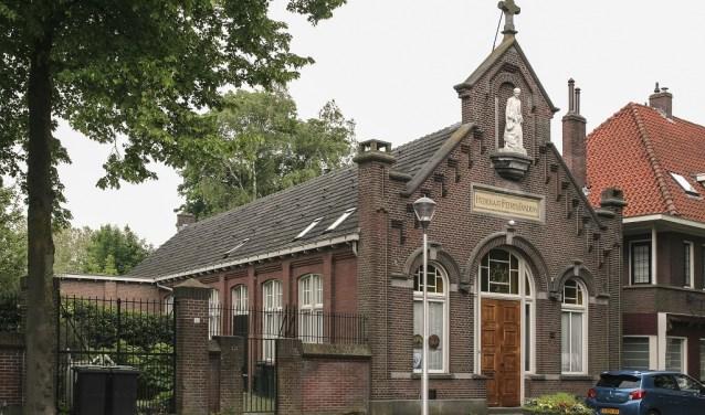 Een rijksmonument in neorenaissancistische stijl, binnen beschermd stadsgezicht 'Oude Heikant'. info: www.heemkundekringtilburg.nl