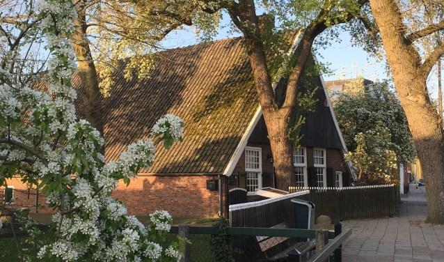 In en om de Peddemorsboerderij wordt zaterdag weer een voorjaarsmarkt gehouden.
