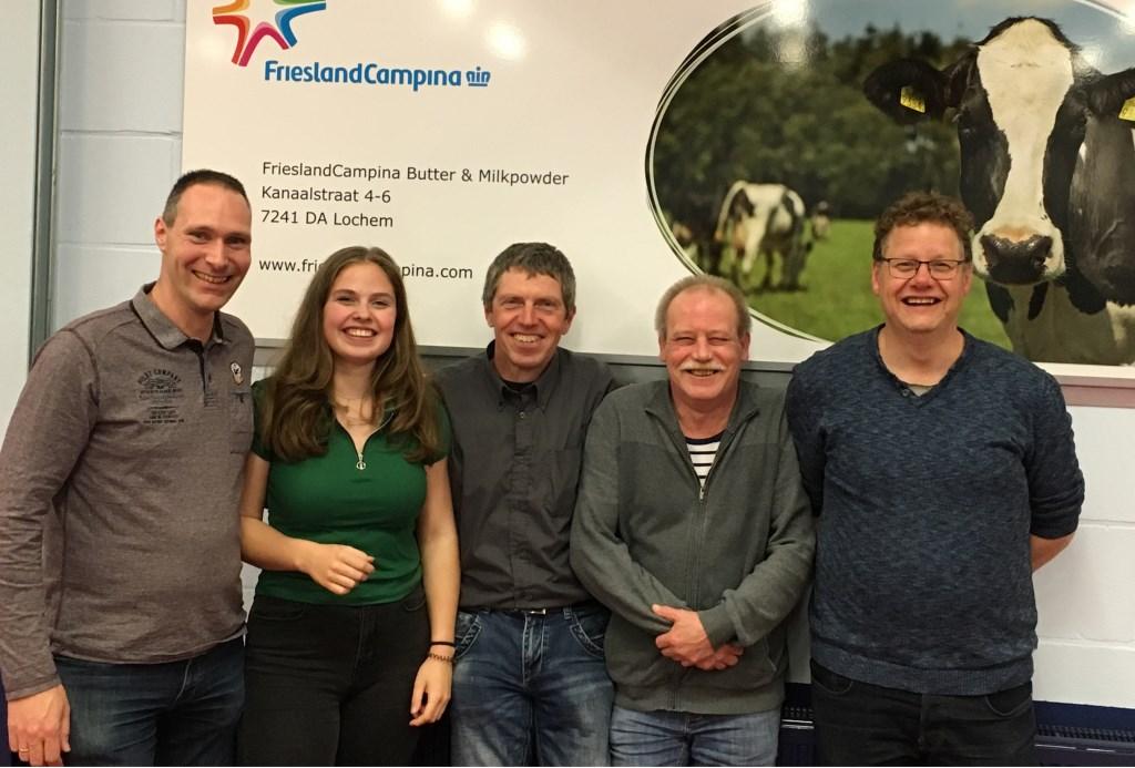 Team 6 vlnr: Nico Horstman, Ellen Mogezomp, Gert Mogezomp, Reint Broeke en Richard Otten (Jeroen Hoffman ontbreekt).  © Persgroep