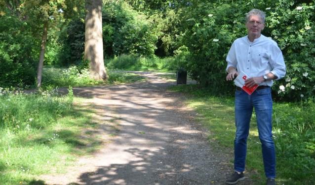 André kent de geluiden van het bos, heeft de mussen zien verdwijnen en andere zien komen. Door goed beheer is er gevarieerde flora en fauna.