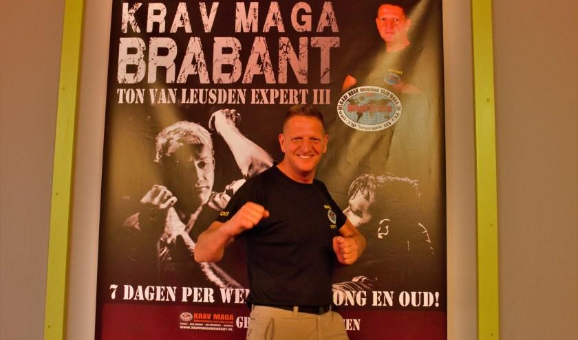 Vughtenaar Ton van Leusden behaalde een maand geleden niveau Expert 4 in Krav Maga en behoort daarmee tot de elite van de Krav Maga.