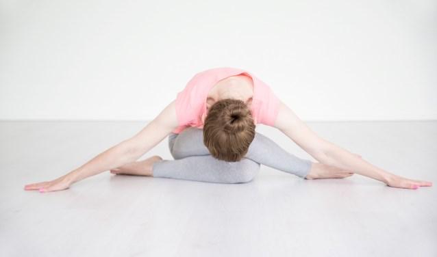Yoga kan spanningsklachten verminderen. Foto: Nicole Warringa.