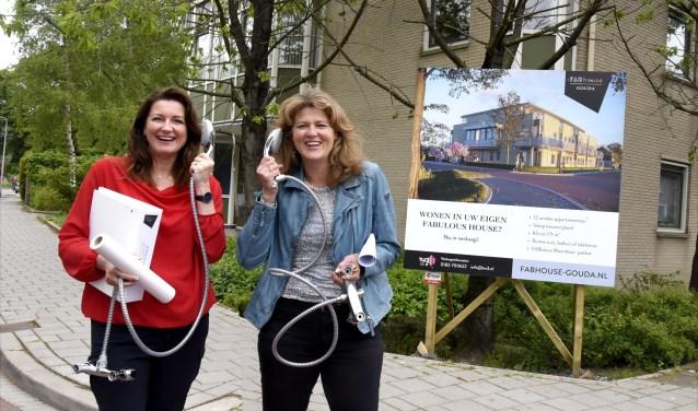 De ondernemende dames Francine Smissaert en Arlette van Poppel van FABhouse hebben een uniek woonproject ontwikkeld, waarbij alles is geregeld. Foto: Marianka Peters