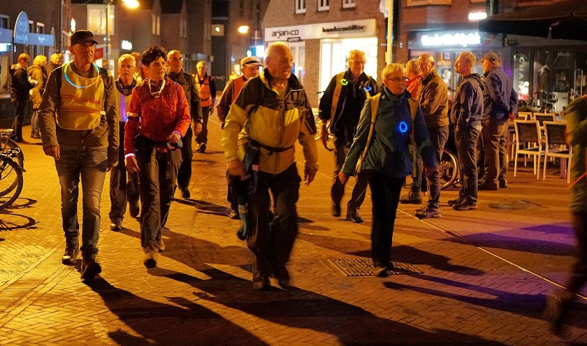 De Kennedymars trekt jaarlijkse honderden wandelaars naar Haaksbergen.