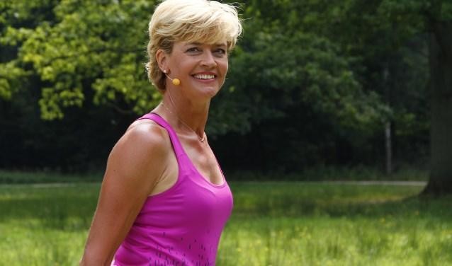De dag wordt geopend door Olga Commandeur, bekend van Nederland in Beweging. (FOTO: tobrafoto)