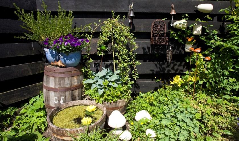In mei en augustus gaat Floralia langs alle woningen in Bennekom op zoek naar bijzondere tuinen en boomspiegels.