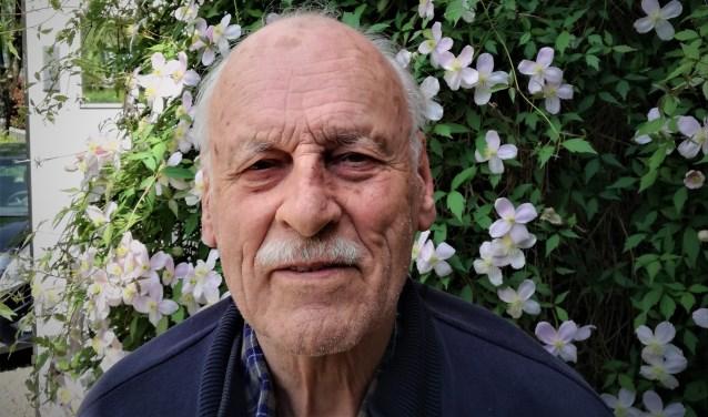 De Beusichemse auteur Karel Ouburg schreef met 'Hongerwinter 1944-'45, een persoonlijk getint oorlogsboek. (Foto: Jeroen Verheul)