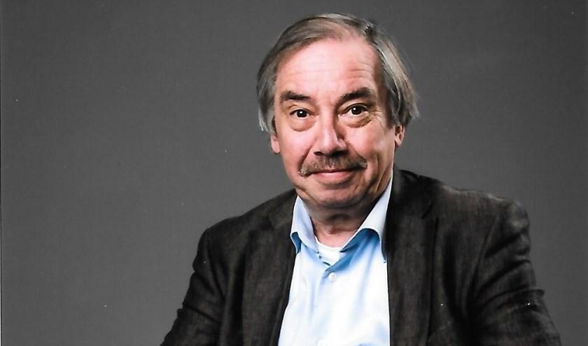 Jos Laus is niet alleen organist maar ook dirigent. Op 22 juni ontvangt hij in Parijs de Franse Médaille de Vermeil