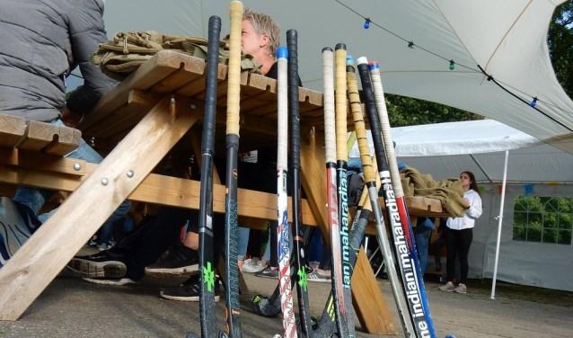 Tijdens Pinksteren zullen er weer heel wat hockeyteams uit binnen- en buitenland meedoen aan het Pinksertoernooi van Hockey Vereniging Zevenaar. (foto: PR)