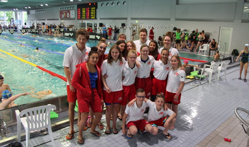 De ploeg van de Rijn die 3 dagen actief was in Bochum. Foto: Arian van Elst