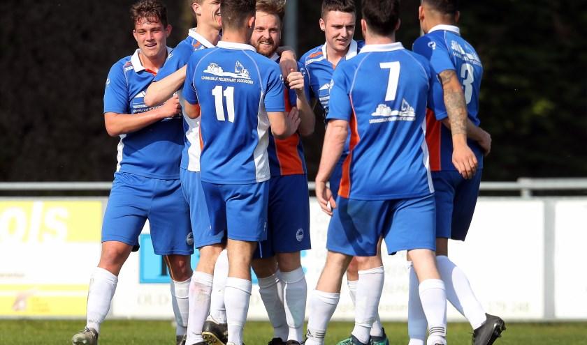 De spelers van Zuidland kunnen de laatste weken weer wat vaker juichen (archieffoto: John de Pater)