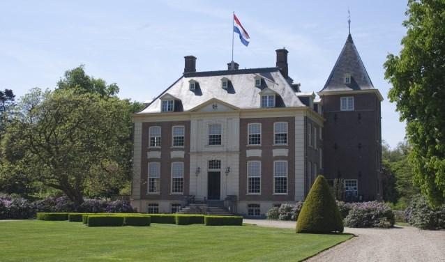 Verwolde-huis-vooraanzicht-vlag