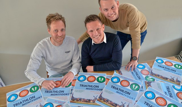 Het bestuur van de ADFYS Triathlon Montfoort met v.l.n.r.. Wouter Agterberg, Bart Zwinkels en John de Wissel (Foto: Paul van den Dungen)