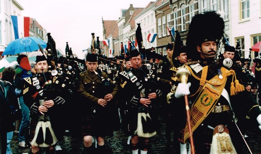 In 1994 werd in aanwezigheid van heel wat Schotten herdacht dat de regio een halve eeuw eerder door Schotse militairen werd bevrijd.