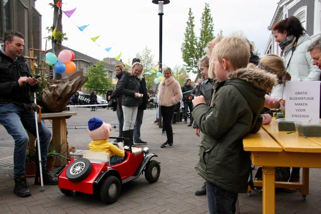 Buurman en Buurman moesten op Kidsdag even de orde verstoren.   © Persgroep