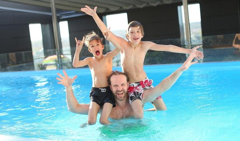 Iedereen kan op een laagdrempelige manier kennismaken met verschillende zwemactiviteiten. (foto: persfoto)