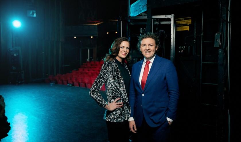 Esther Hammink en Jan Willem Holtmaat houden een open dag in hun Theaterhotel Almelo. Foto: Rob van der Voort