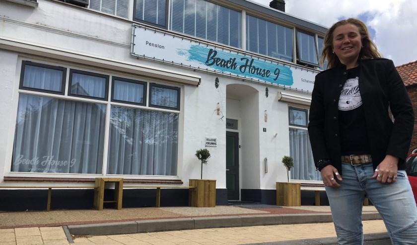 Lizette van de Velde verbouwde haar oude feestcafé Crazy aan de Platteweg om tot Beach House 9.