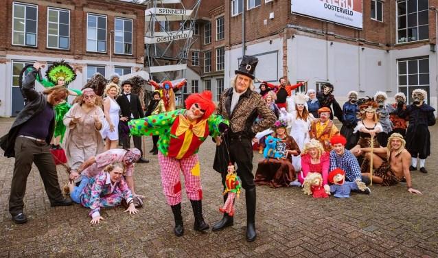Het team van Mystiek Theater voor de nieuwe locatie Spinnerij Oosterveld.