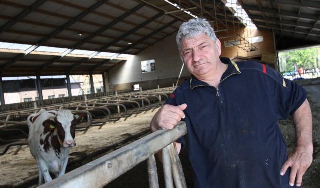 Na zijn afscheid van de ZLTO is Hans Huijbers weer vaker op zijn boerderij actief. FOTO: Ad Adriaans.