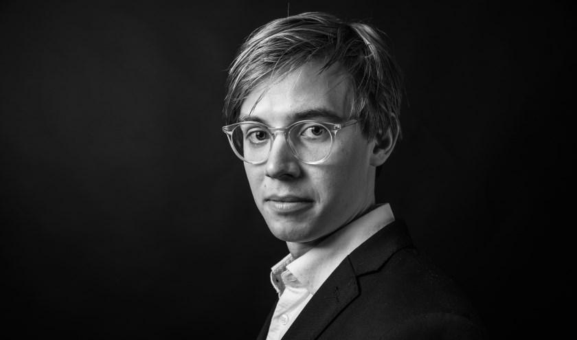 De jonge en zeer veelzijdige componist/pianist Jochem le Cointre is op zaterdag 1 juni te gast in de Brackman Boerderij in Eibergen.