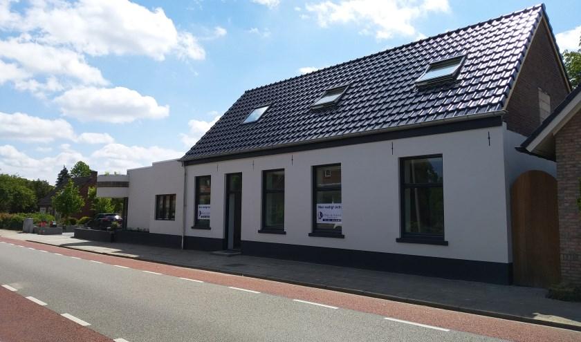 De nieuwe locatie aan de Oldenzaalsestraat 71A. Het is een karakteristiek pand dat bij de inwoners bekend is onder de naam De Klomp.