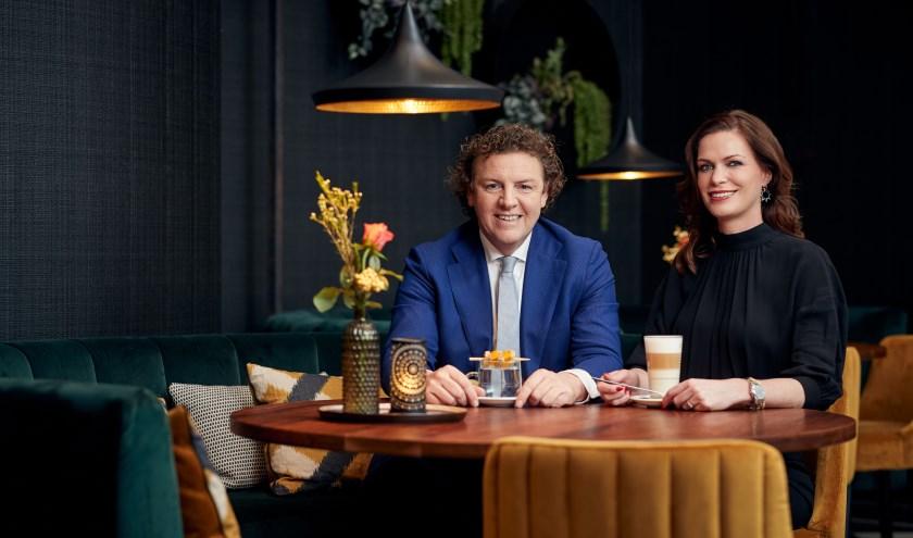 Jan Willem Holtmaat en Esther Hammink heten iedereen van harte welkom