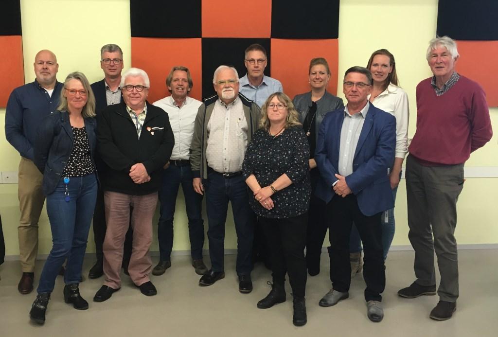 De ondertekenaars van het 'Convenant Armoedebestrijding Westervoort'.